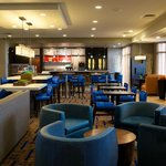 Courtyard by Marriott Bloomingtonの写真
