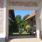 Photo de Aquarius Beach Hotel Sanur