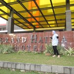 Photo de Grand Hatika Hotel