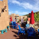Wild Coyote Winery B&B resmi