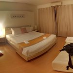Studio 99 Serviced Apartments resmi