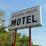 Starlight Motel Sign