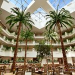 Photo de Embassy Suites La Quinta Hotel & Spa
