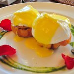 Breaki: Eggs Benedict