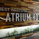 Photo de BEST WESTERN Atrium Hotel