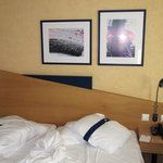 Photo de Holiday Inn Express Geneva Airport