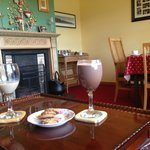 Welcome drinks in the sitting/breakfast room