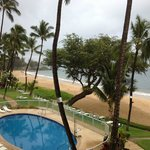 Photo de Hale Pau Hana Beach Resort