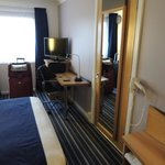 Holiday Inn Express Bristol - North resmi