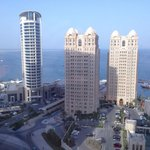 Photo de Moevenpick Tower & Suites Doha