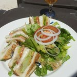 Club sandwich servi sur la plage !! Au top