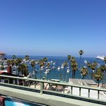 The Avalon Hotel on Catalina Island resmi