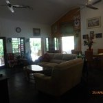 Photo de South Pacific BnB Clifton Beach