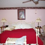 1875 Homestead Bed and Breakfast resmi