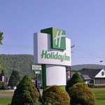 Holiday Inn Warren resmi
