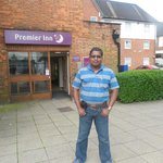 Premier Inn London Harrow resmi