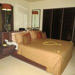 Photo de Ahimsa Beach Resort