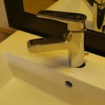 Unfixed bathroom fixture