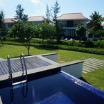 The Ocean Villas resmi
