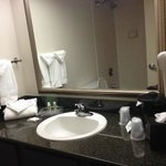 ภาพถ่ายของ Holiday Inn Evansville Airport Hotel