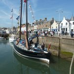 Anstruther & The Harbour Late May 2014