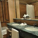 Grand deluxe room - Bathroom