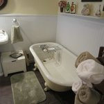Clawfoot tub in the Garden Suite- great for relaxing!