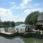 The Riverside Lechlade resmi