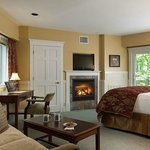 River View Fireplace Suite