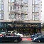 The Hotel California - A Piece of Pineapple Hospitality resmi
