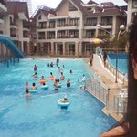 Photo de Crown Regency Resort & Conv