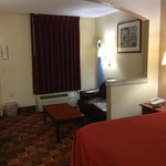 Foto van Days Inn & Suites Tuscaloosa