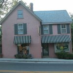 Lorraine Parish'S Bed And Breakfast