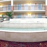 Foto van Embassy Suites Hotel Cleveland - Shaker Heights / Beachwood