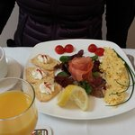 My sis' smoked salmon and eggs. I had to sample hers, while she tried my pancakes. So good!