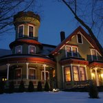 Maplecroft Bed And Breakfast
