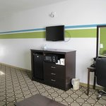 Photo de BEST WESTERN Douglas Inn & Suites