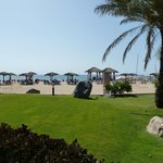 Foto de Fujairah Rotana Resort & Spa - Al Aqah Beach