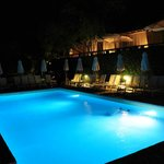 The pool by night :)