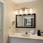 Bathroom/Vanity