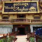 Photo de Wooden Angkor Hotel