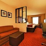 Photo de Comfort Suites Webster