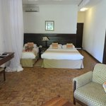 Travellers Beach Hotel & Club resmi