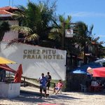 Chez Pitu Praia beach and food services