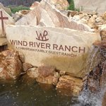 Wind River Christian Family Dude Ranch resmi