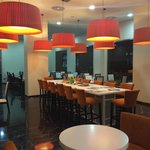 Photo de Holiday Inn Madrid - Las Tablas