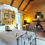 Candlelight Mountain Retreats