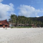 Haad Rin Nok beach & view of their beach villas