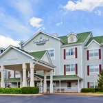 Welcome to Country Inn & Suites, Columbus, GA!