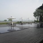 The Lake Hotel resmi